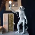 Lampada da scrivania scimmia in piedi attacco E27 lume da terra tavolo abajour bianco moderno animali